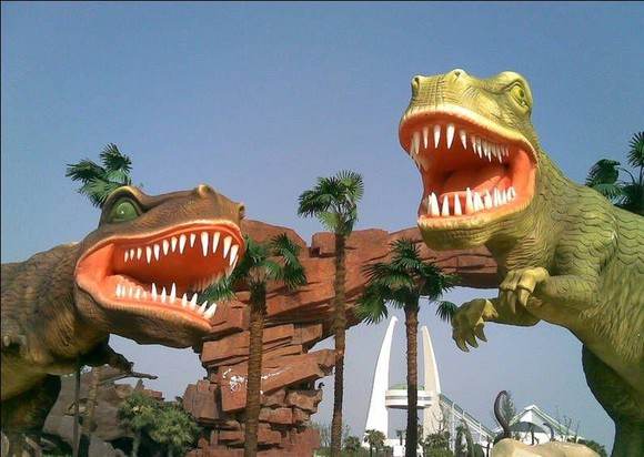 这里时尚刺激的主题乐园,库克苏克大峡谷,嘻哈恐龙城,重返侏罗纪,鲁布