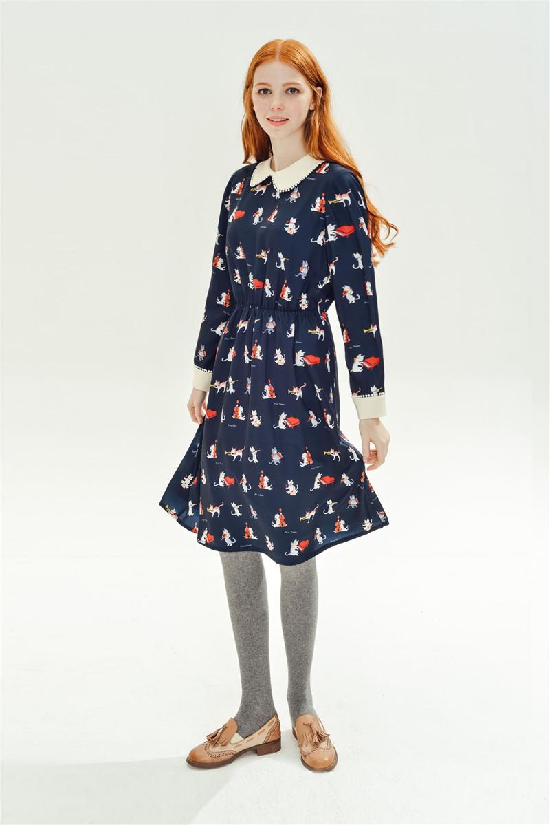 可爱猫咪印花秋装中裙