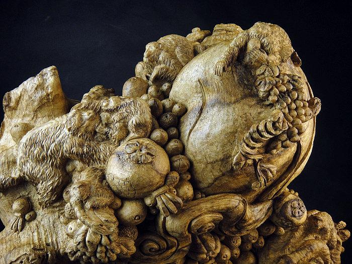 印尼沉香木雕件猴子献寿丰收喜悦